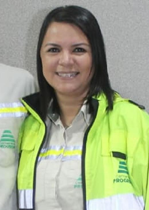 Claudia Tabín Relaciones interinstitucionales planta San Gabriel cempro cementos progreso guatemala