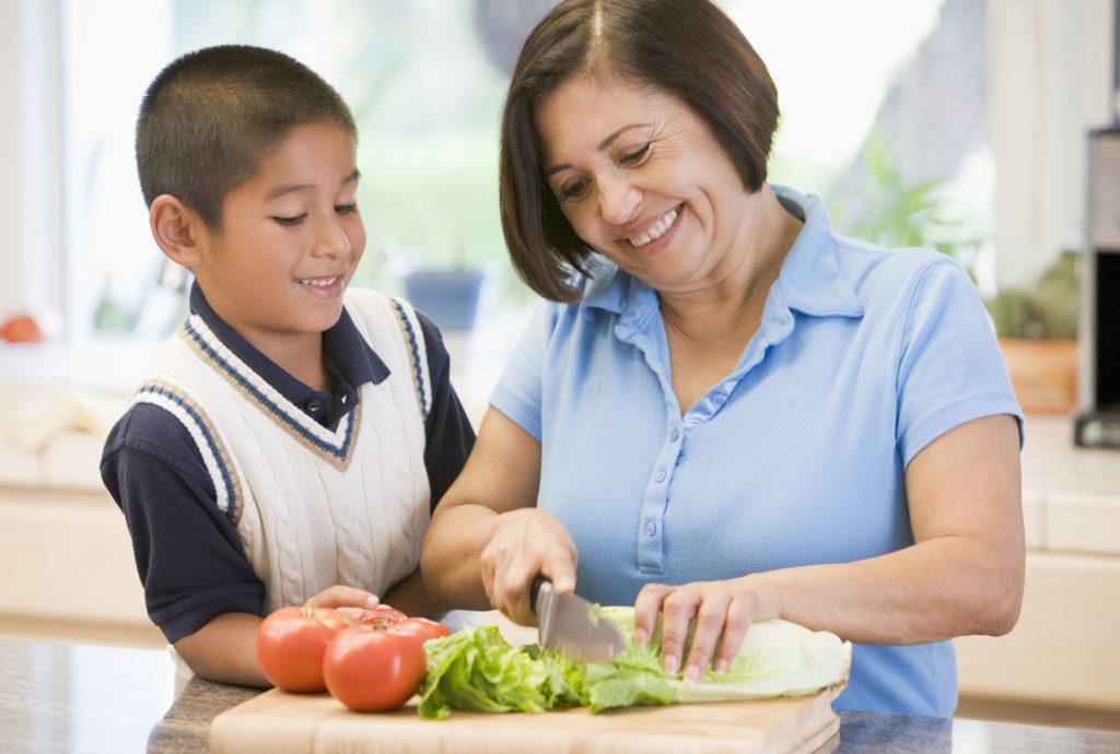 Te sorprenderán los beneficios de cocinar junto a tu familia cempro cementos progreso guatemala
