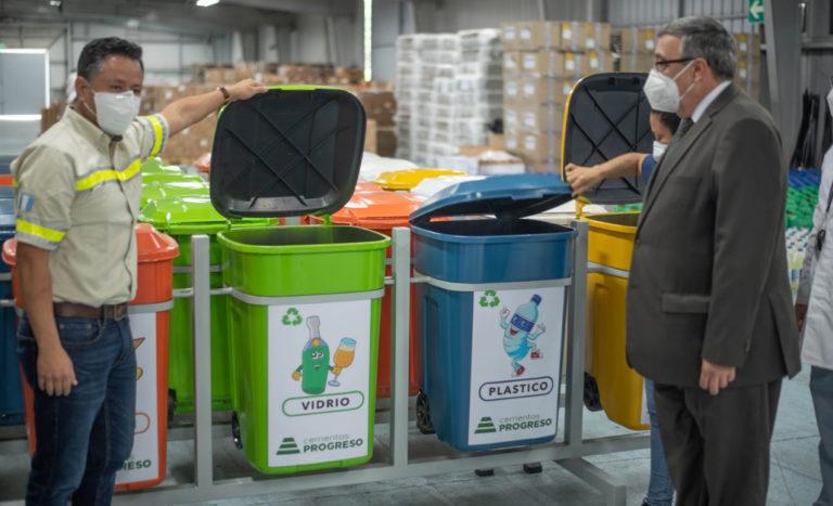 Prevenir es la mejor estrategia- Colaboramos para que los desechos sean tratados eficientemente cempro cementos progreso guatemala