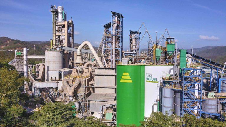 Planta San Miguel 46 años Cempro cementos progreso guatemala