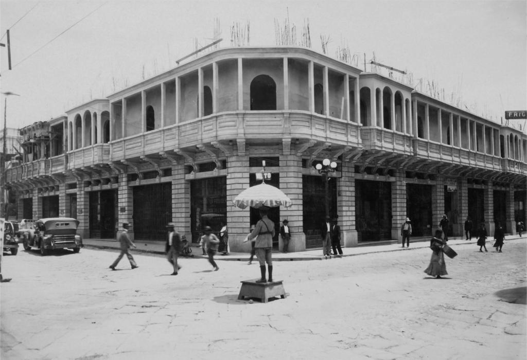 edificios del centro historico de guatemala hechos con cemento progreso centro america