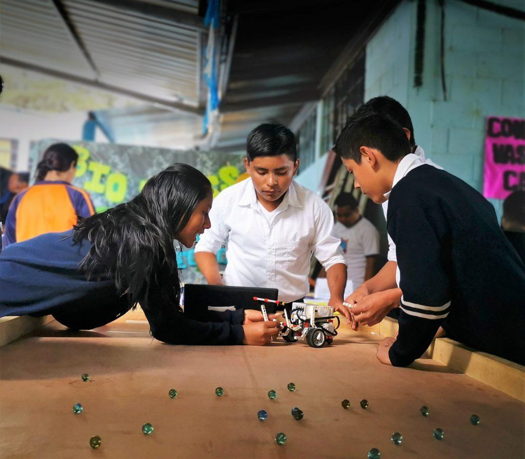 aulas tecnicas de fundacion carlos f novella progreso guatemala