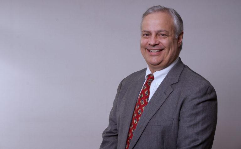 podcast con el presidente de la junta directiva de progreso Tommy Dougherty