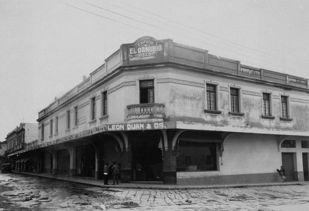 Edificio El Danubio esquina 9na y 9na zona 1 Guatemala Centro Historico Fototeca del Museo Carlos F. Novella