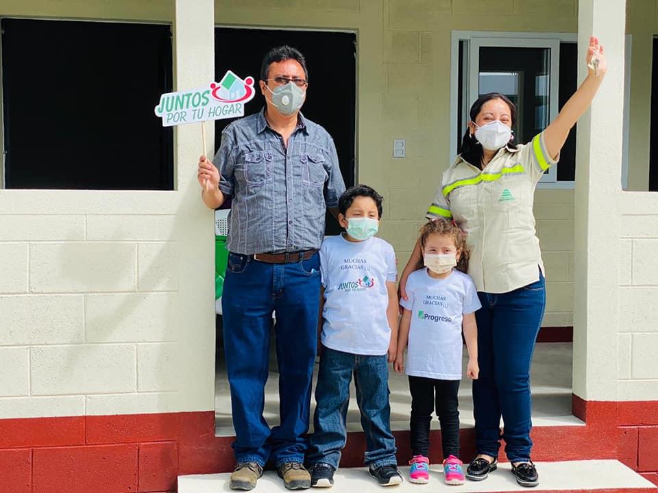 Heidi Figueroa conoce el programa juntos por tu hogar progreso latam guatemala
