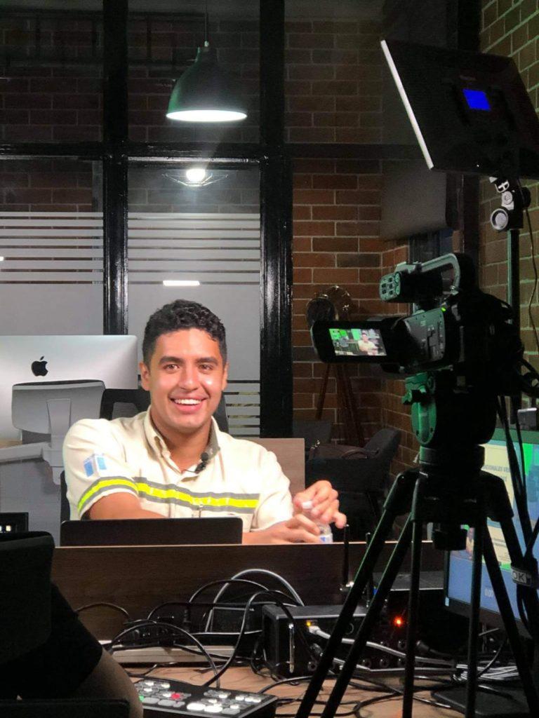 Transmisiones en vivo live facebook live progreso latam guatemalaPortada